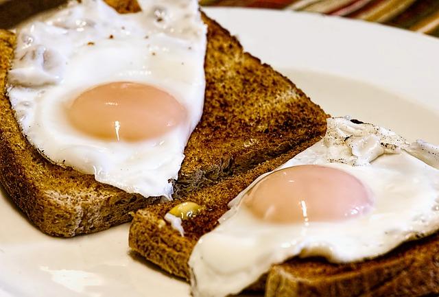topinka a vajíčka